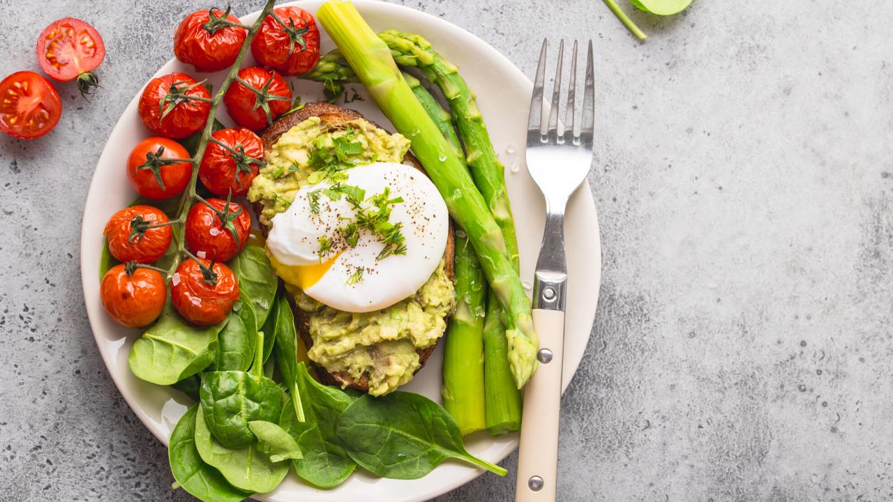 Egg, salad plate