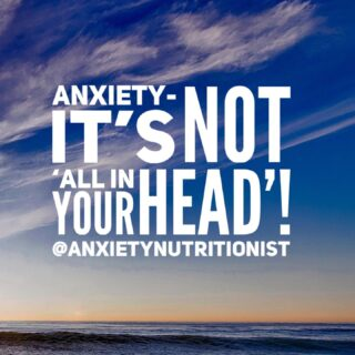 I was recently working with a client who made a comment about her severe anxiety by saying, 'anyway anxiety, it's just all in my head!' This is just so not true! Anxiety affects the body physically in a number of ways AND is affected by the body when it is not functioning properly. Understanding the connection between our physical and mental health, can really help us understand our anxiety and how to manage it better.   Anxiety has many physical affects on our body including: ✔️Increased heart rate, light headedness and rapid breathing ✔️Muscle tension, headaches and fatigue ✔️Constipation, diarrhea, nausea, and reflux ✔️Problems concentrating and sleeping ✔️Decreased immunity  Anxiety can also be relieved by looking after our bodies better. This includes: 🍏Increasing the amount of exercise in your week 🍎Improving your diet  🍏Avoiding alcohol and cigarettes 🍎Avoiding caffeine 🍏Getting sufficient sleep  Our mental health and physical health are intricately connected. There is so much we can do to help our mental health, by looking after our physical health and by understanding how they are connected. 🌸  #functionalnutrition #nourishyourmind # guthealthismentalhealth #brainfog #calmyourmind #holistichealing #anxietycoach #dietitianbrisbane #naturalanxietyrelief #anxietyrelief #anxiousmama #womenwithanxiety #consitpation #anxietyhelp #cbt #cognitivebehaviortherapay #anxietynutrition #anxietynutritionist #foodformood #eattherainbow #bloated